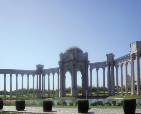 天津罗马柱广场
